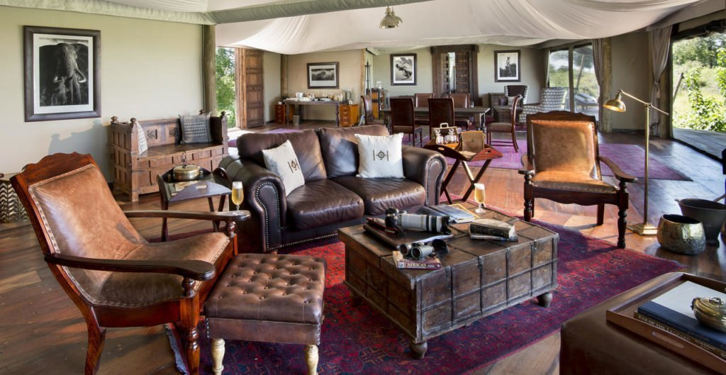 Private lounge area at Duba Plains Suite